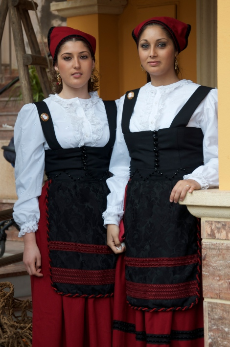 Traditional dress of Sierra de Gádor (??)
